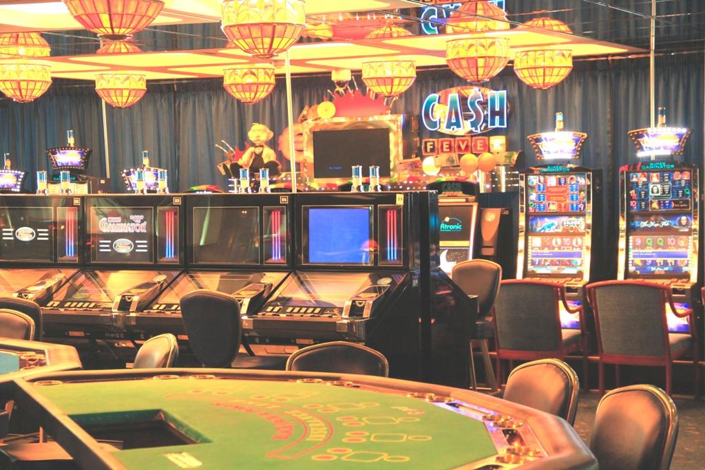 Казино в хельсенки игровые автоматы на деньги бонус за регистрацию