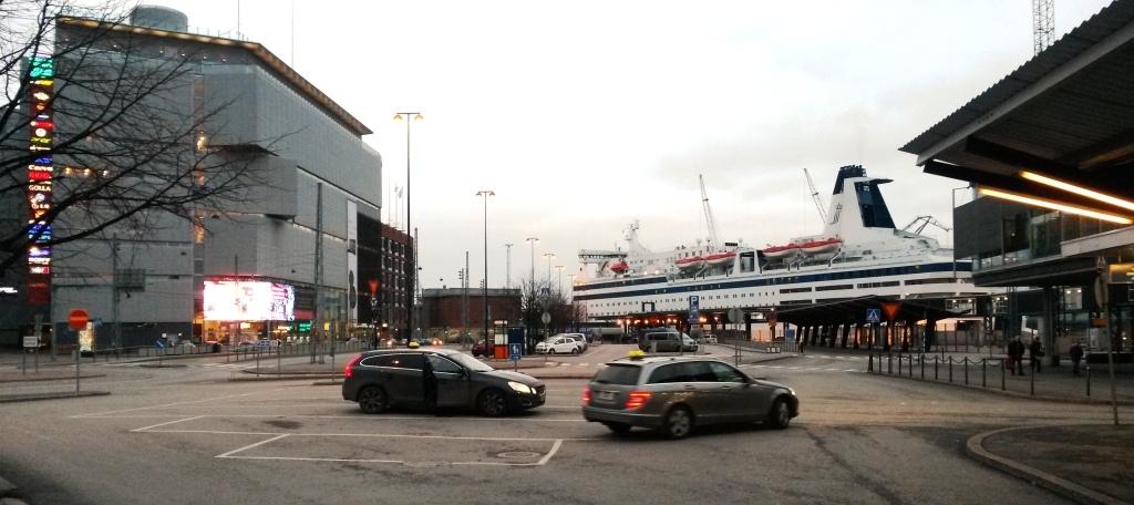 NAPAROME.RU / Западный порт в Хельсинки.