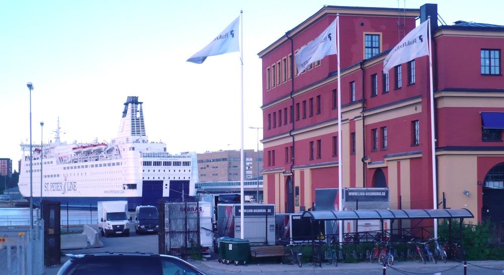 NAPAROME.RU   Паром Принцесса Анастасия в порту Фрихамн / Frihamnen