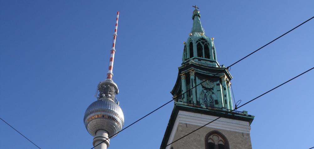 Berlin     www.naparome.ru