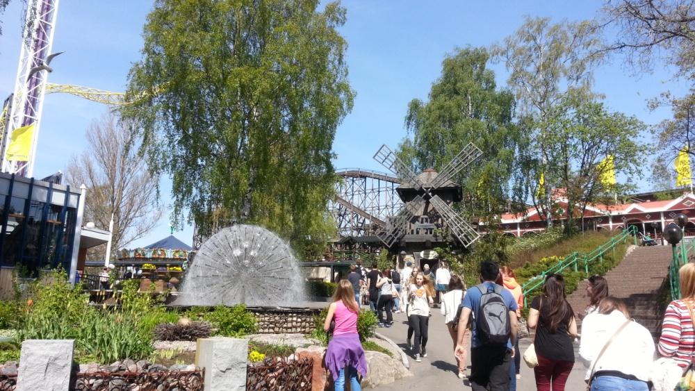 NAPAROME.RU / Парк развлечений  Linnanmaki в Хельсинки!