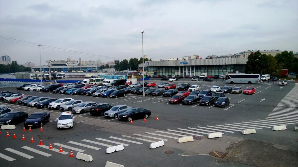 NAPAROME.RU / Парковка (платная) перед Морским вокзалом в Санкт-Петербурге