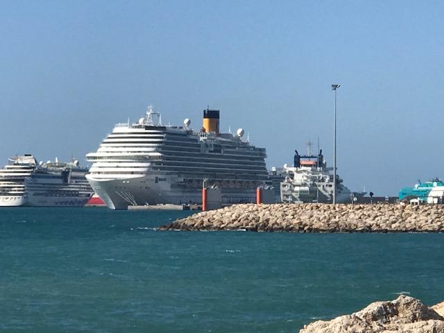 NAPAROME.RU / Круиз из Барселоны по Средиземному морю на пароме Costa Diadema