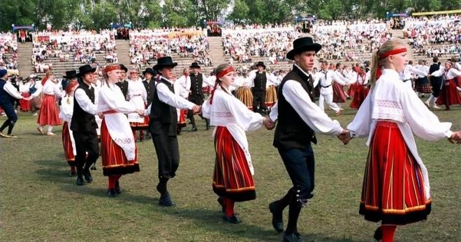 NAPAROME.RU Праздники в Эстонии