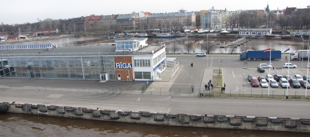 Рига. Пассажирский порт Риги. Расписание паромов на сайте  www.naparome.ru