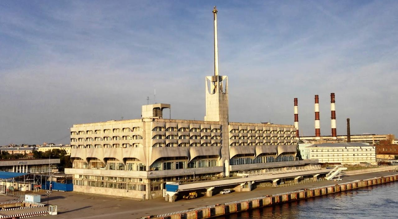 специалист изображению фото здание морского вокзала спб фактически